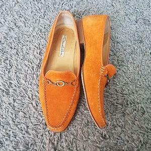 Oscar de la Renta Orange Suede Leather Loafers